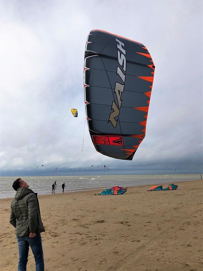 Kitesurfen, een kitesurf handboek