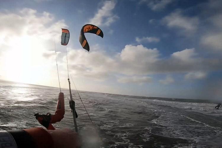 Kitesurf regels om een kitesurf crash te voorkomen