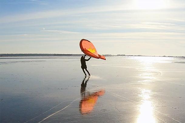 IJssurfen met wing in Nederland