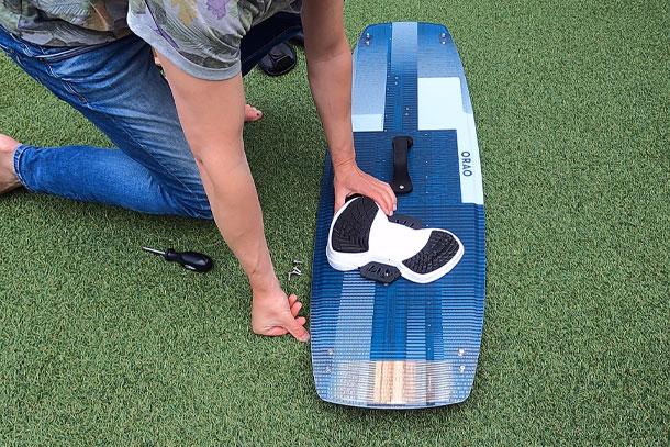 Juiste stand kiteboard voetbanden bepalen