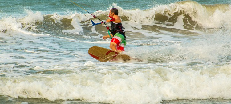 The jibe to get into the toeside position just before taking a wave