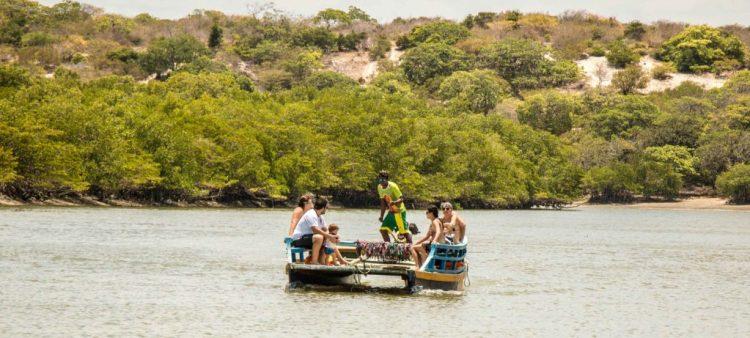 O rio de Aracatiaçu Moitas