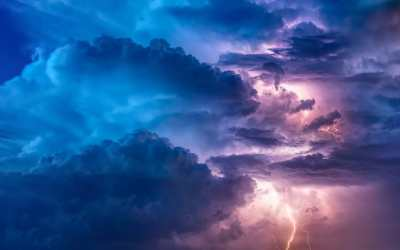 Sailing in a Lightning Storm: a little close to the edge