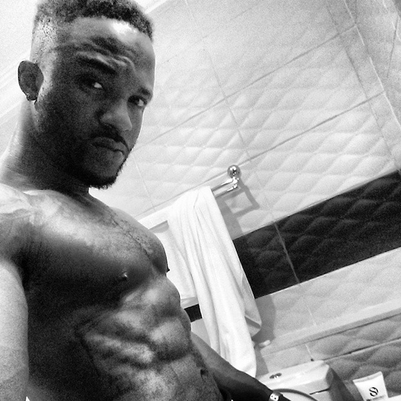 IyanyaShirtless_that1960chickdotcom
