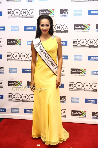 20 MAMAs Miss SA 2015 Liesl Laurietakes