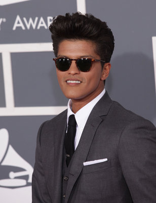 Feb. 12, 2012 - Los Angeles, California, U.S. - BRUNO MARS arrives for the2012 Grammy Awards at the Staples Center. (Credit Image: © Lisa O'Connor/ZUMAPRESS.com)