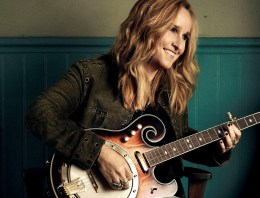 'Famous People Apologize To Me For Not Coming Out' says Melissa Etheridge