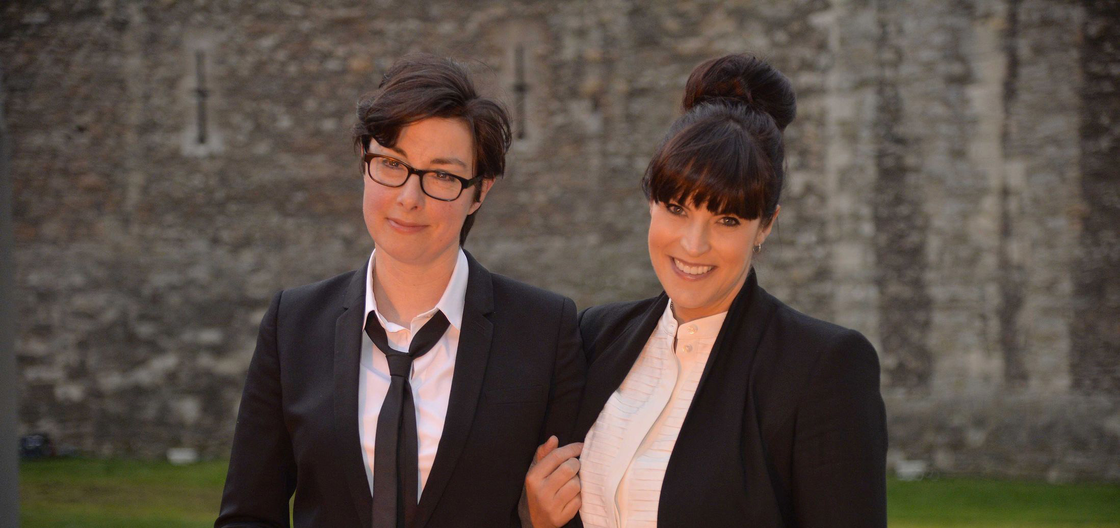 Sue-Perkins-and-Anna-Richardson