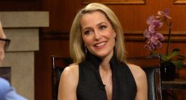 Andy Cohen Questions Gillian Anderson About Her Bisexuality