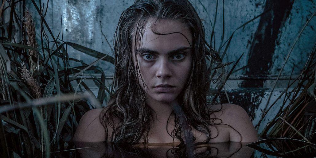 Suicide-Squad-Enchantress-Bath-Witch-Grass