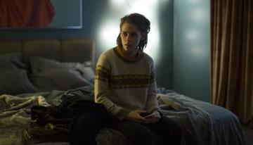 Kristen Stewart Stars In A New 'Personal Shopper' Trailer
