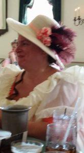 Moms hat