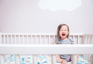 baby-crying-in-the-crib