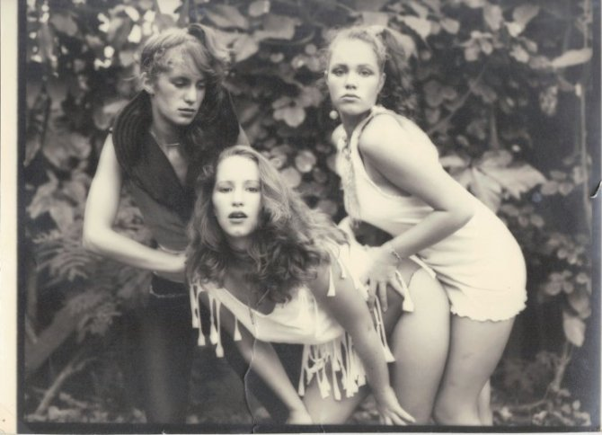 China Rose ~ {Holy Trinity} in her Pinup designs, Kailua Hawaii (w/2 of her 5 sisters), circa 1981