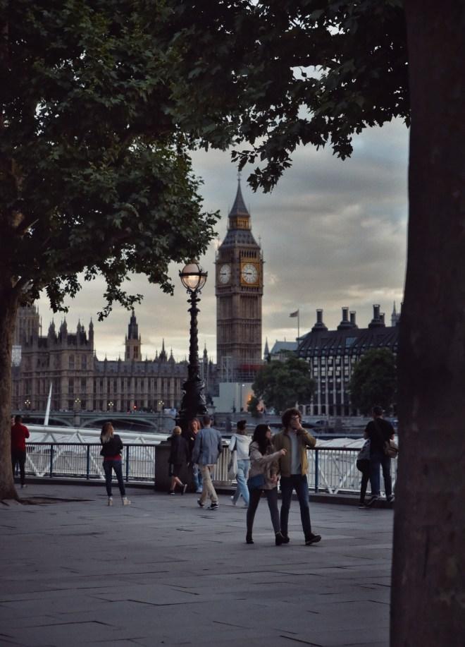 Londra Gezi Rehberi, Londradan ne alınır, Londrada gezilecek yerler, londra hava durumu, londra uçuşları, londra fotoğrafları
