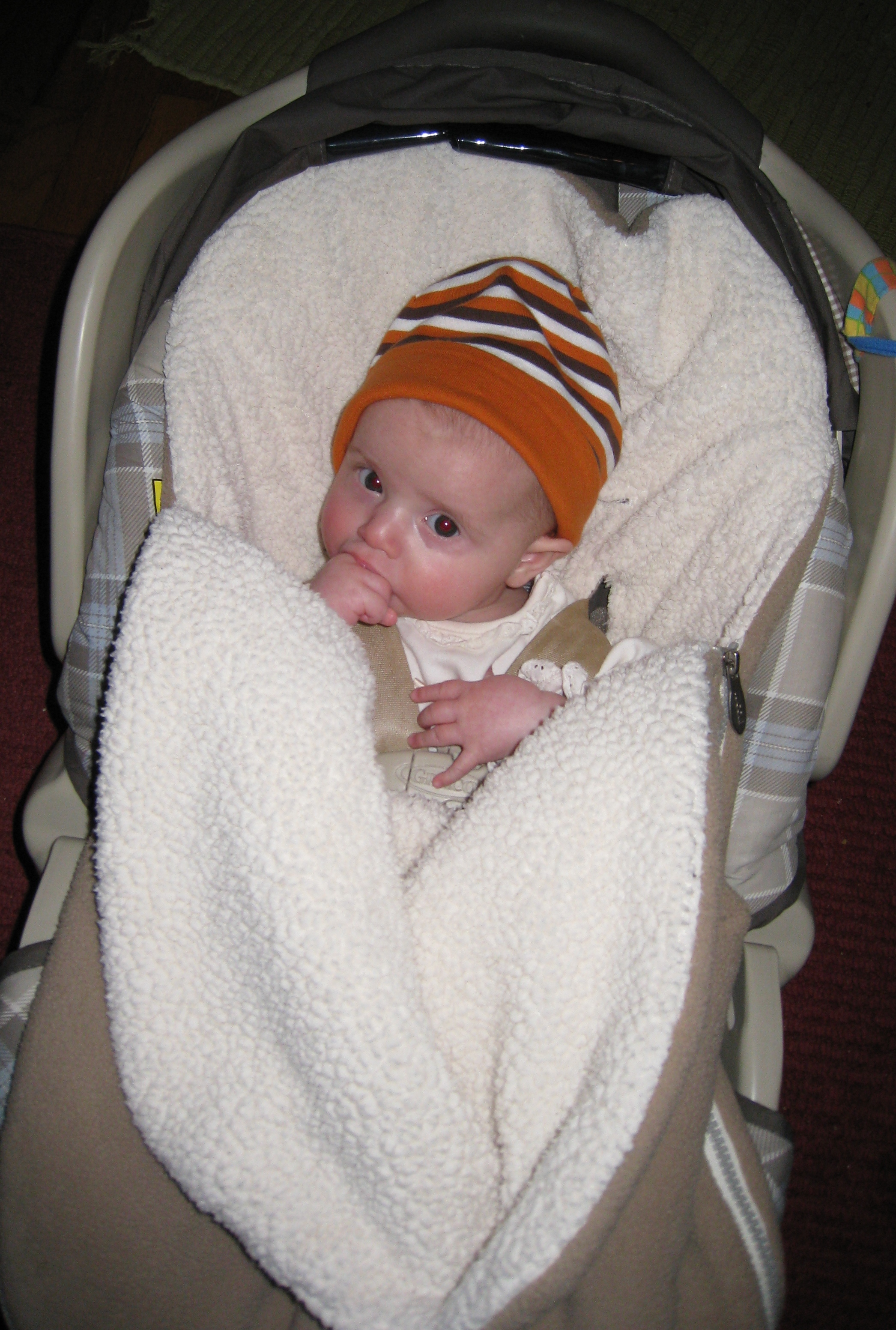 kivrin-in-carseat-12-2-08