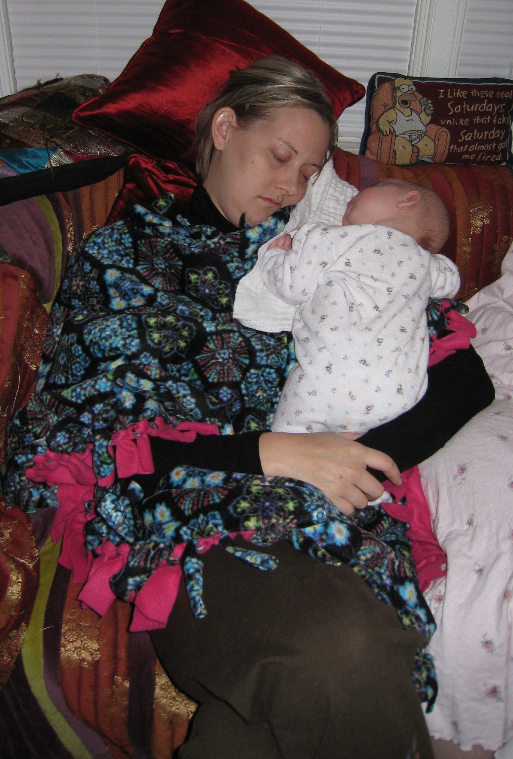 suspiciously-taken-pic-of-aunt-la-cuddling-with-kivrin-112708