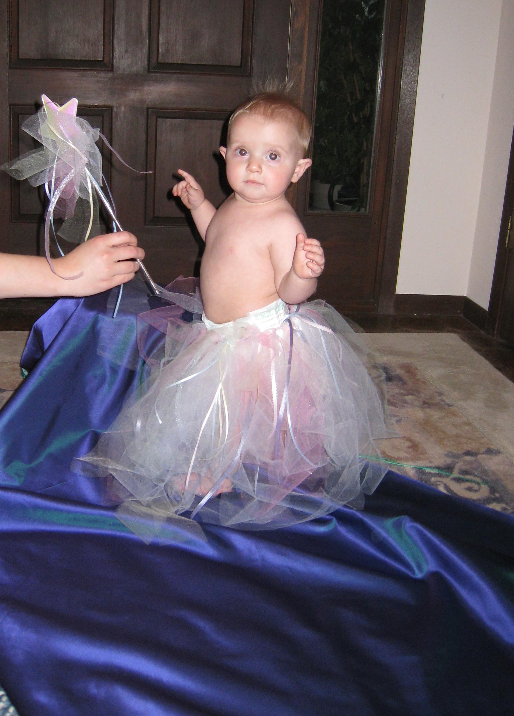kivrin in fairy skirt