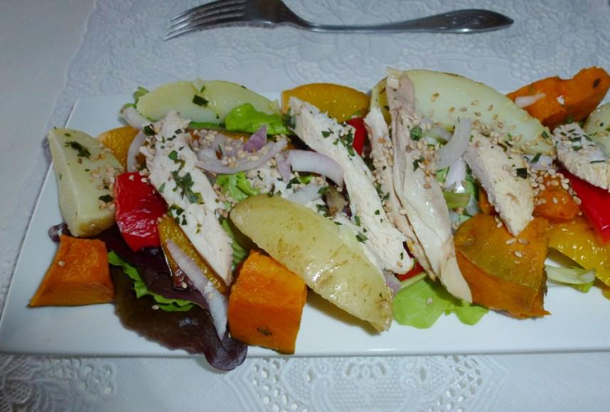 Salade de légumes cuits et poulet au parfum d'estragon
