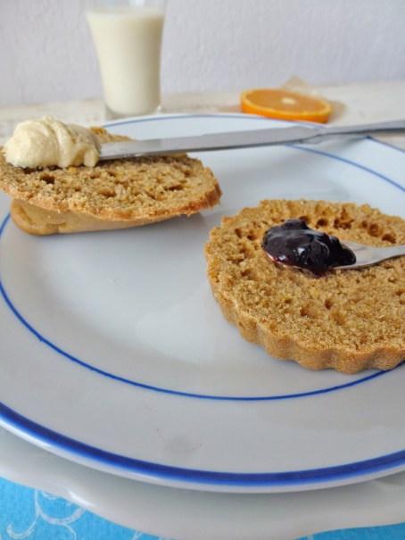 Petit Pain Gateau A Tartiner Pour Le Petit Dejeuner Vegan
