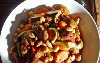 Tajine de légumes et pois chiche aux six épices…