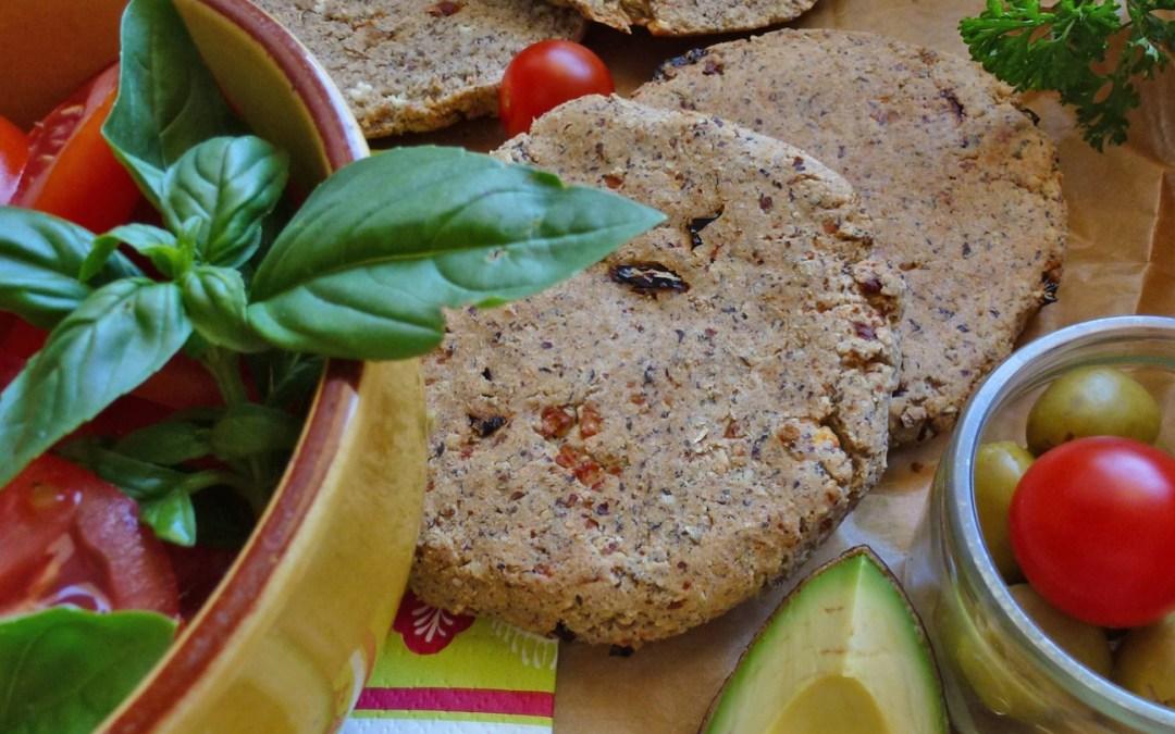 Petits pains pique-nique sans gluten à la féta et tomates séchées