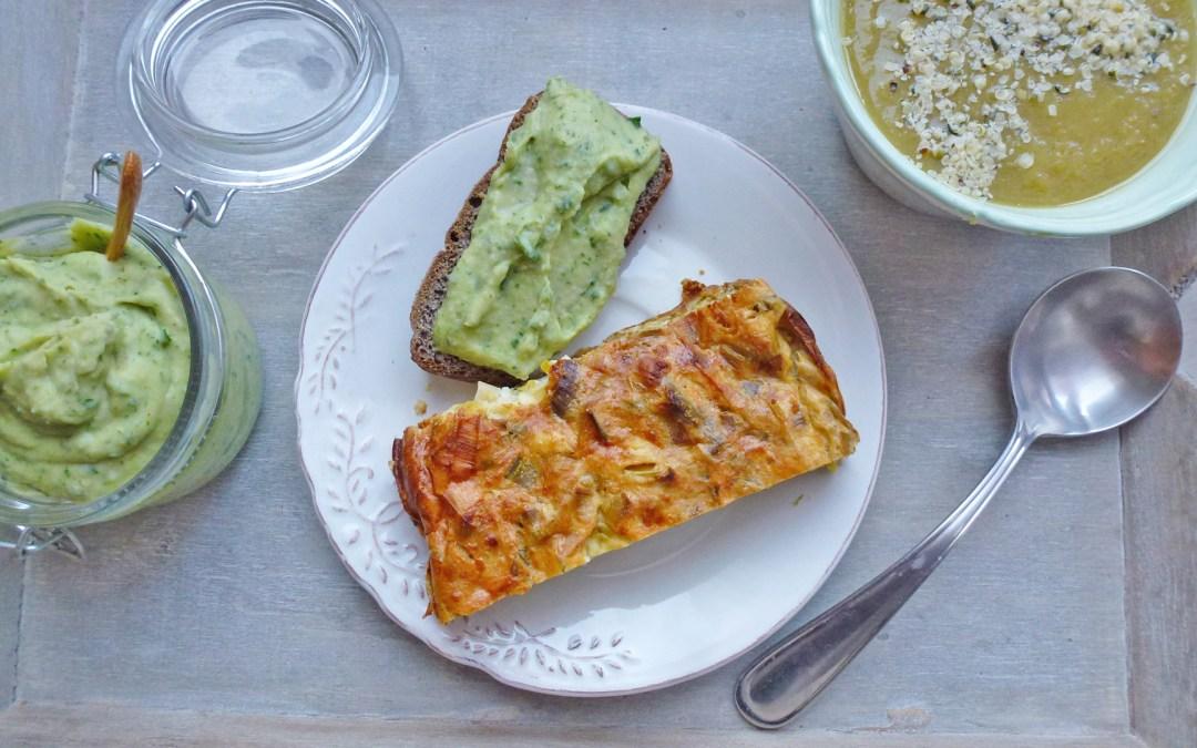 Flan tout léger aux poireaux  et brousse de brebis. Tartinade de haricots blancs aux épinards.