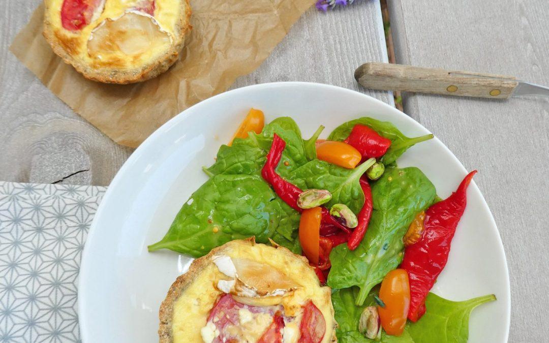 Tarte à la farine de pois chiche,  façon quiche aux tomates et fromage de chèvre ( Sans céréales, index glycémique bas, allégée en matières grasses )