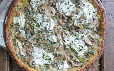 Tarte légère aux poireaux, champignons et fromage de chèvre ( Sans gluten, sans céréales, Index glycémique bas, teneur en lipides contrôlée )
