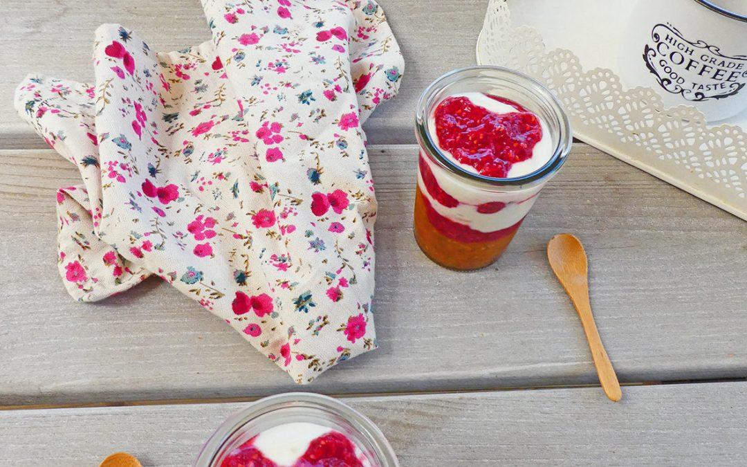 Porridge de chia d'été #3 aux framboises et abricots frais  ( Sans sucre ajouté, sans cuisson,vegan )