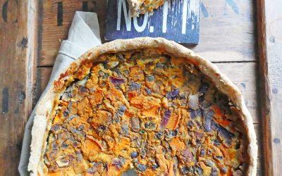 Tarte complète façon quiche  vegan au tofu fumé, potimarron et champignons ( allégée en matière grasse )
