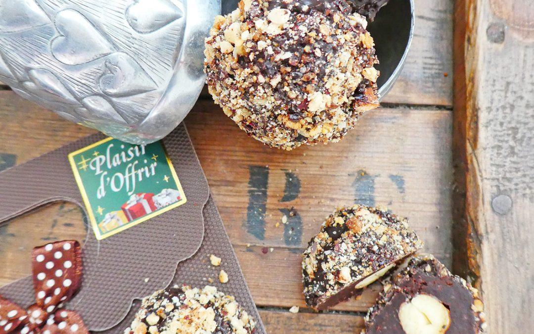 Boules chocolat noisette ( Vegan, sans céréales, sans gluten, quasi ou sans sucre ajouté )