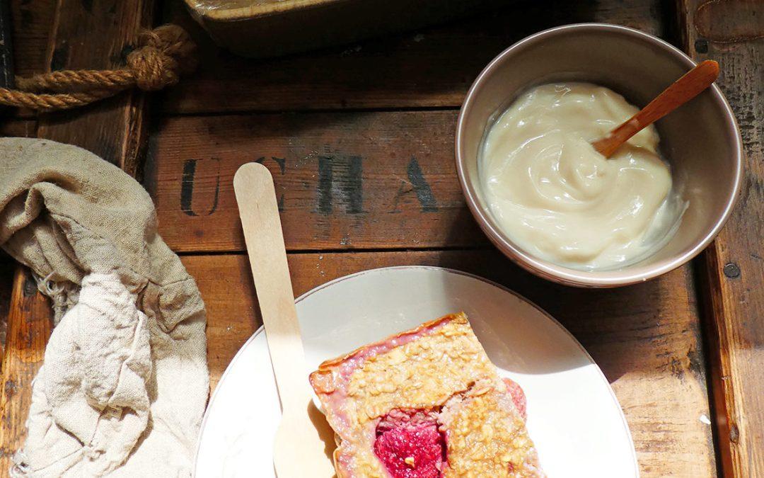 Gâteau de flocons d'avoine aux fraises ( Sans matières grasses ajoutées, quasiment sans sucre ajouté, sans lactose )