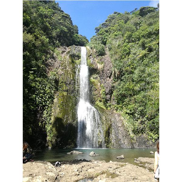 waterfall kitekite