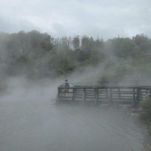 geotermal lake