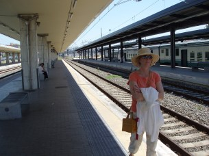 Waiting fo the train at Livorno to Pisa