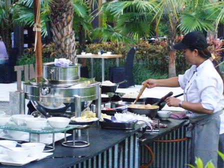 breakfast at Indigo Pearl