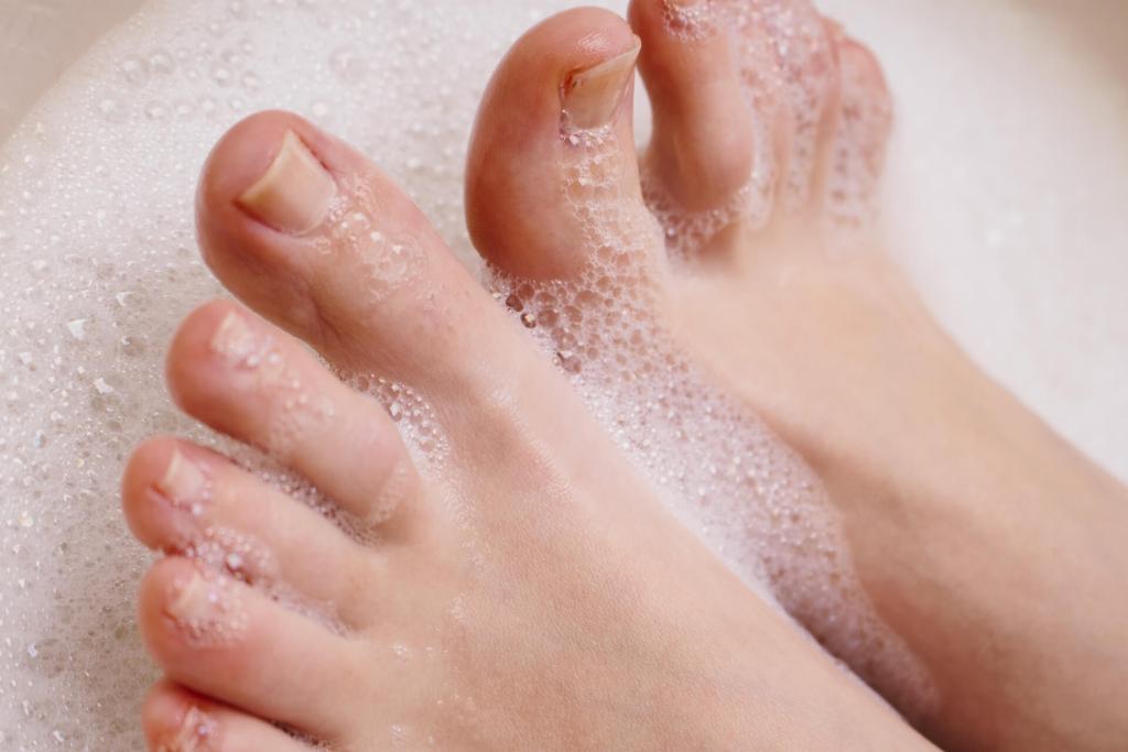 足の指の間