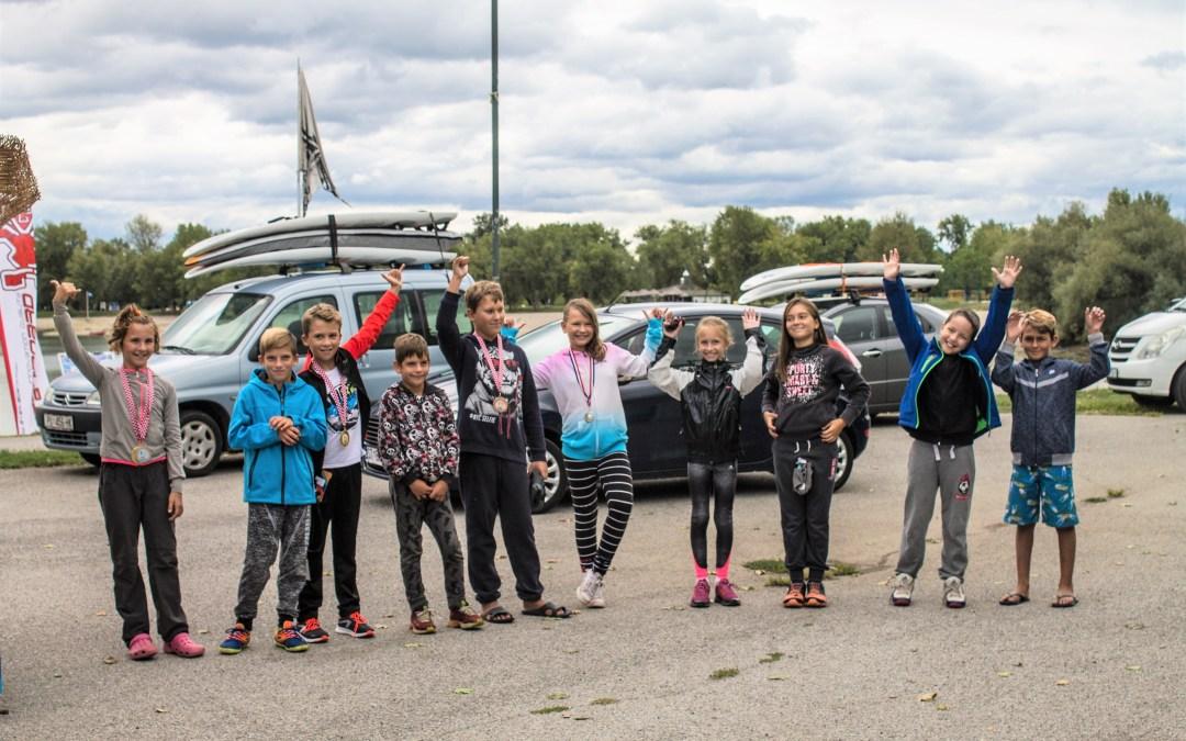 Održano prvo državno prvenstvo u jedrenju na dasci za djecu do 11 godina
