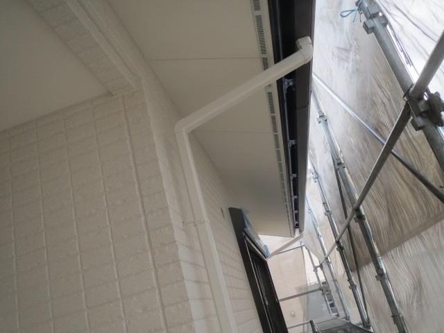 塗装工事及び樋付け完了