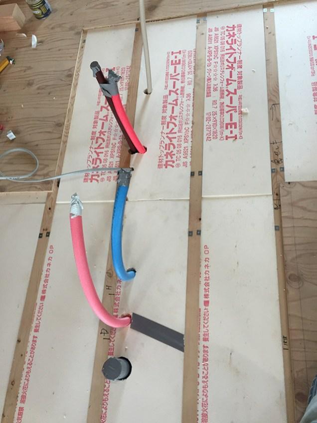 3. 床下断熱材もきれいに1