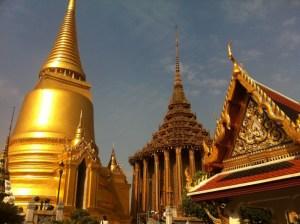 東南アジア(タイ)で暮らせばお金を使わずに豪遊し放題