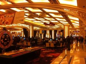 マカオのカジノで14万勝ち、ロブションでディナー