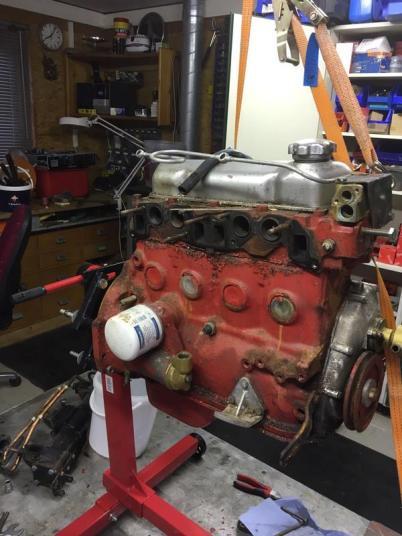 ...der Motor zerlegt wird.