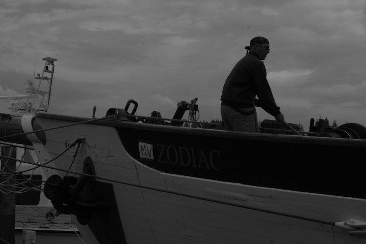 ...und die Crew weiß humorvoll mit der Situation umzugehen: Motor Vessel Zodiac