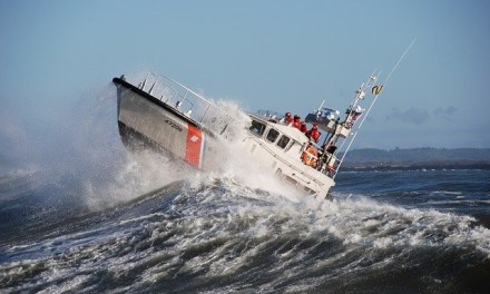 Coast Guard completes 5-hr tow of fishing vessel offshore Yachats, OR