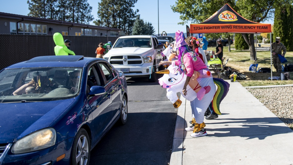 """173rd Fighter Wing hosts """"Trunk or Treat"""" family day at Kingsley Field"""