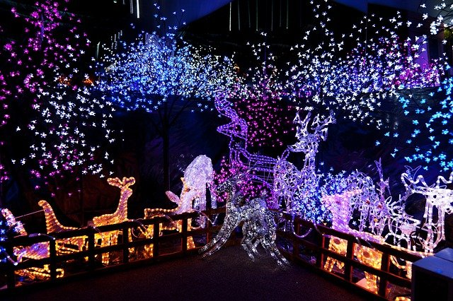 KLAMATH CHAMBER ANNOUNCES HOLIDAY LIGHTING CONTEST – LET IT GLOW