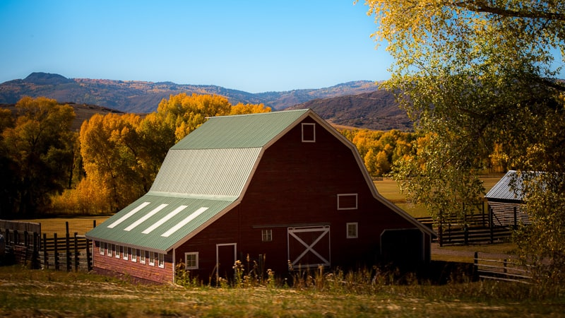 Barns and Outbuilding Increase Value for Oregon Ranches for Sale