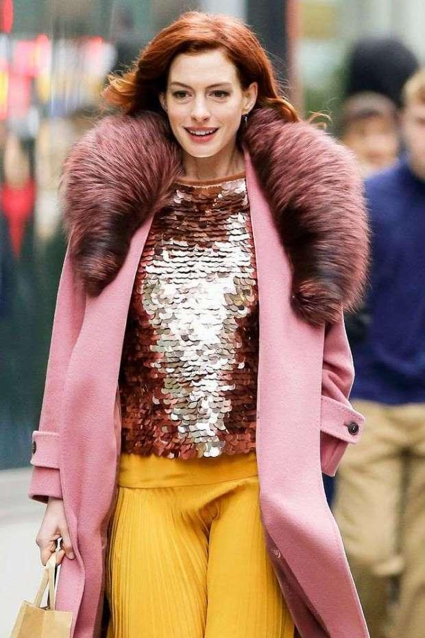 1-197 Anne Hathaway bëhet flokëkuqe!